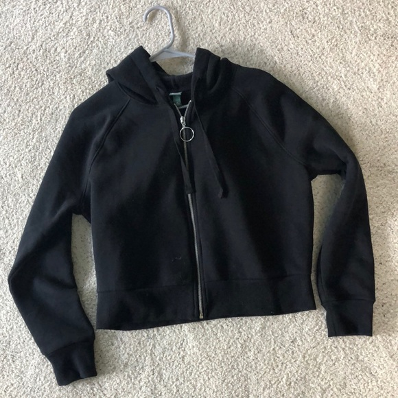 Cropped Black Zip Up Hoodie